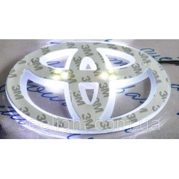 Автомобильный логотип Toyota 13*9см. светящаяся подкладка, белый